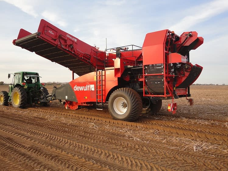 Dewulf Potato harvester RS2060
